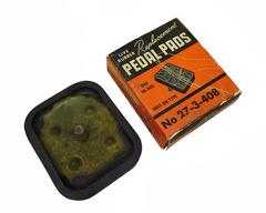 Clutch pedal pad 1329481 %282%29